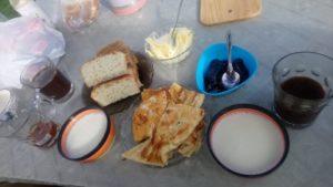 Frühstück bei mongolischen Nomaden