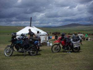 Mit Motorrad durch die Mongolei, bei Nomaden